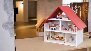 Bauen Für Kinder : project tutorial puppenhaus selber bauen youtube ~ Michelbontemps.com Haus und Dekorationen