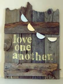 Wood Pallet Sign Ideas