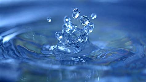 water water drops minimalism macro blue waves
