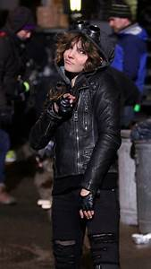 Camren Bicondova - 'Gotham' TV Series Set Photos in ...