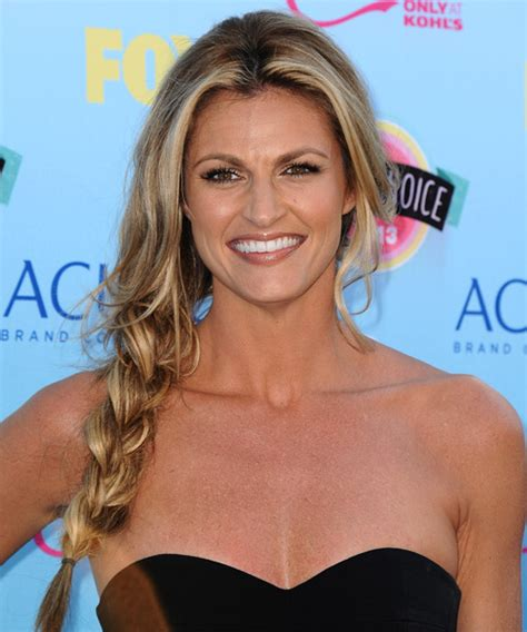 erin andrews casual long curly   hairstyle