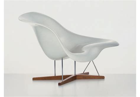 a la chaise la chaise chaise lounge vitra milia shop