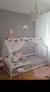 Lit Maison Enfant : lit cabane chambre enfant pinterest lit cabane ~ Farleysfitness.com Idées de Décoration