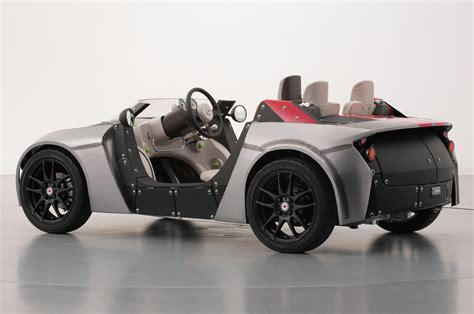 toyota camatte  concept roadster rear view photo