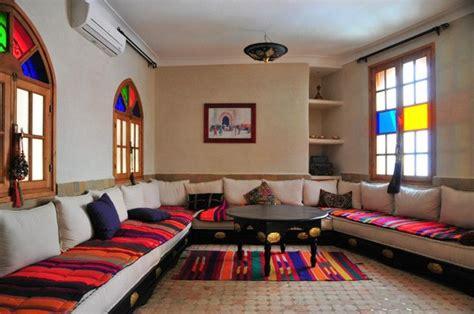 salon marocain d 233 co maison pinterest banquettes