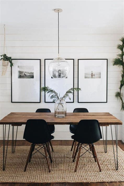 Trying to fill that big empty wall in your home can be a headache because you need something that will work with the scale of the space and still relate to your interior. Mountainisde Blog - printing photos for the diningroom empty wall #homedecorideaslivingroom ...