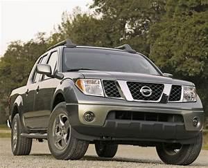 2005 Nissan Frontier Photos