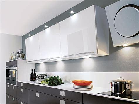 eclairage de cuisine led aménagement de cuisine les erreurs à éviter travaux com