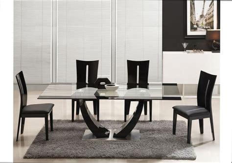 table bois iris table a manger bois laque noir