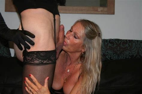304866869  In Gallery Mature Milf Dutch Ria Picture 1
