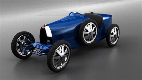 While the original bugatti baby was a 50% scale version of the car that brought automobiles ettore bugatti to fame in the 1920s, the bugatti baby ii offers more in terms of size and considerably more. Bugatti Baby II custa menos 100 vezes que o Chiron