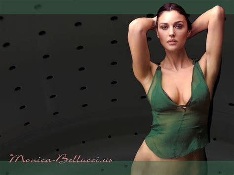 Monica Bellucci Monica Bellucci Wallpaper