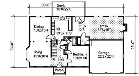 story colonial  open floor plan dm