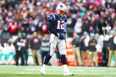 Tom brady makes history, patrick mahomes hurt as final four is set in the nfl. Tampa Bay Buccaneers Betting Favorite to Sign Tom Brady ...