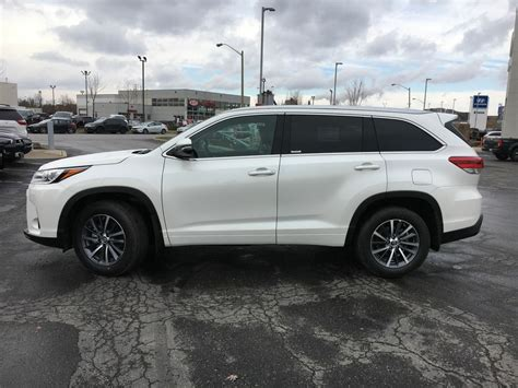 New 2018 Toyota Highlander Awd Xle Standard Package Jzrfht