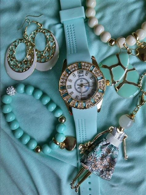 Turquoise Accessories Pictures, Photos, and Images for ...