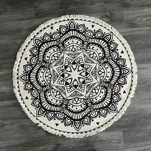 Tapis Rond Mandala : tapis rond mandala entretemps atelier boutique ~ Teatrodelosmanantiales.com Idées de Décoration