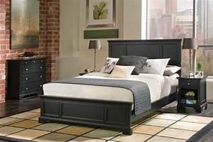 Bedroom Bedroom Decorating Idea With Black Queen Size Bed
