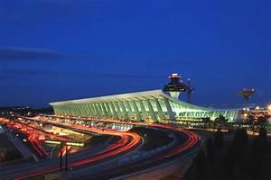 AD Classics: Du... Dulles International Airport
