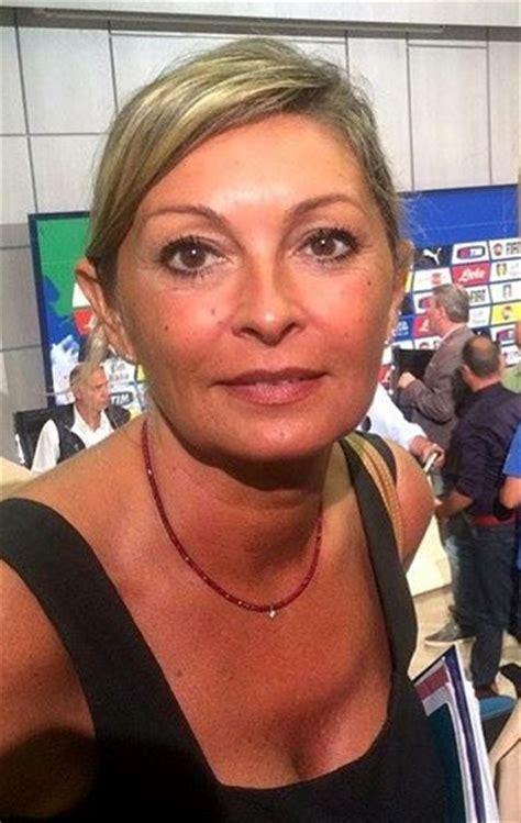 Monica Vanali bis TELEGIORNALISTE FANS FORUM