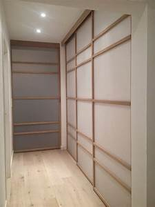 Porte De Couloir : porte coulissante dans un couloir le bois chez vous ~ Nature-et-papiers.com Idées de Décoration