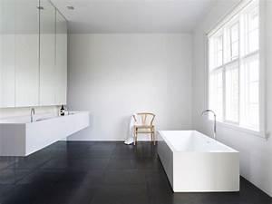 Modern bathroom in black and white ideas and for Black and white modern bathroom