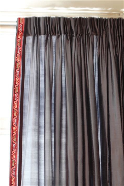 how to make easy stylish pinch pleats for your drapes