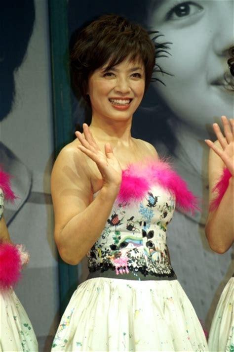 【巨乳】【芸能人】【アイドル】榊原郁恵 お宝画像 乳首