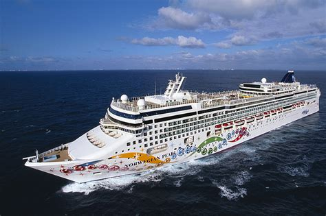 Norwegian Pearl Reviews | Norwegian Cruise Line Reviews ...