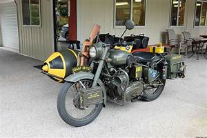 Sidecar Royal Enfield : royal enfield with sidecar wwii military replica car and rider ~ Medecine-chirurgie-esthetiques.com Avis de Voitures