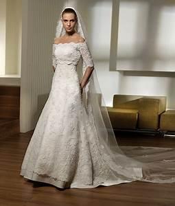 spanish wedding dress simplewedding With traditional spanish wedding dress