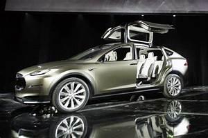 Tesla Porte Papillon : tesla model x premi re livraison d but 2015 ~ Nature-et-papiers.com Idées de Décoration