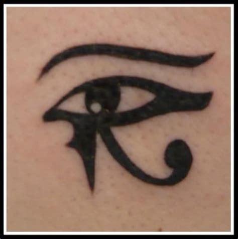 Oeil D'horus Ou Oudjat Tatouage  Tattoo Pinterest
