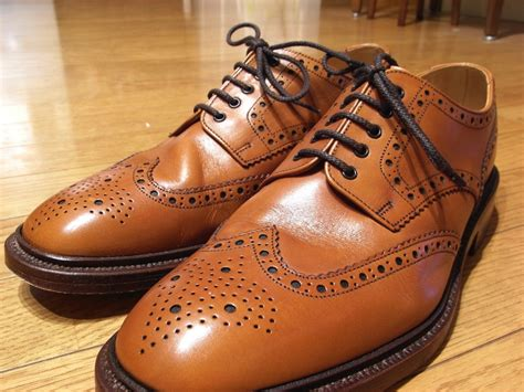 Brown Shoes : Wearing Tan Brogues To The Office. Yes Or No?