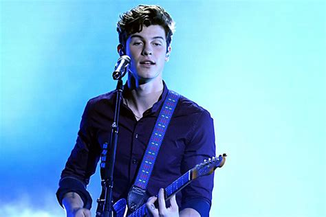 Shawn Mendes Works Out His Lovesick Jitters In Buzzing