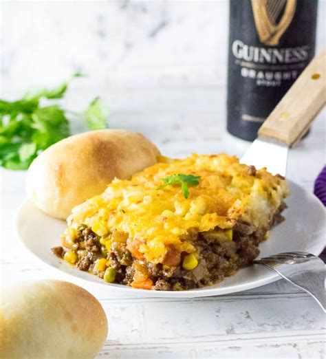 1 tablespoon vegetable oil, 1 large onion, peeled and chopped, 1 large carrot, peeled and chopped, 1 pound ground lamb (or substitute half with another ground meat), 1 cup beef or chicken broth, 1 tablespoon tomato paste, 1 teaspoon chopped fresh or dry rosemary. Guinness Shepherd's Pie   Recipe   Food recipes, Beef ...
