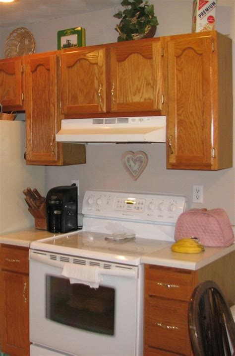 kitchen cabinets to the ceiling or not kitchen cabinets take them up to the ceiling or not 9662