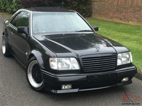 This iconic machine is powered by a 3.0 liter 6 cylinder, paired up to an automatic transmission. Mercedes 300CE 3.4-24v AMG Widebody 1991