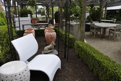 Let It Go Furniture Let S Go Shopping For Outdoor Furniture 27east