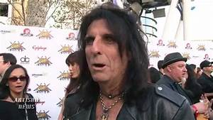 ALICE COOPER REVEALS DRUG USE IN NEW MOVIE, IN THEATERS ...