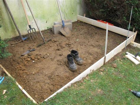 comment faire une dalle beton pour abri de jardin une dalle en b 233 ton