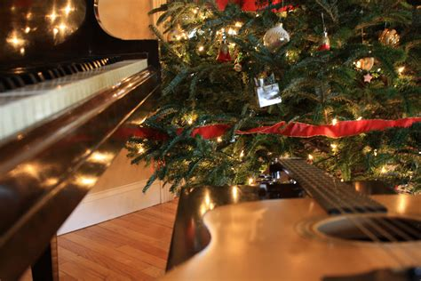 Christmas Musical Instruments