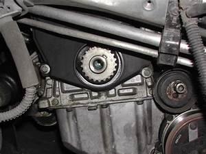 Courroie De Distribution C5 Hdi 110 : changement courroie distribution 2 0 hdi photo reportage peugeot m canique ~ Gottalentnigeria.com Avis de Voitures