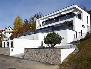 Haus Am Hang Bauen Stützmauer : hersteller okal haus fertighaus am hang sch ner wohnen ~ Lizthompson.info Haus und Dekorationen