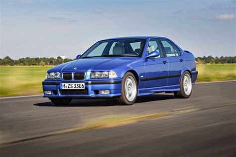 bmw  ii    sedan outstanding cars
