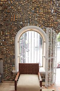 Reclaimed Wood Used To Design Gallery Interior