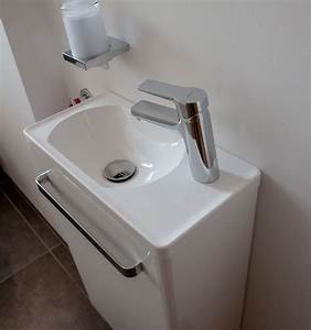 Gäste Wc Klein : g ste wc waschbecken f r schmale toilette ~ Michelbontemps.com Haus und Dekorationen