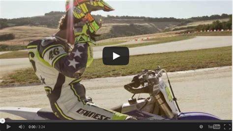 Yamaha Jupiter Z1 Backgrounds by Valentino Bersenang Senang Di Liburan Musim Panas
