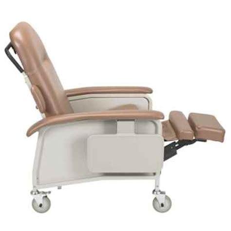 d577 geri chair clinical care recliner recline
