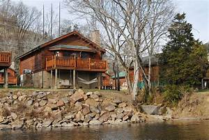 Pigeon Forge Riverfront Two Bedroom Vacation Cabin Rental ...